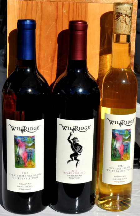 Organic, Estate Wines from Wilridge Winery at Wallingford Farmers Market. Copyright Zachary D. Lyons.