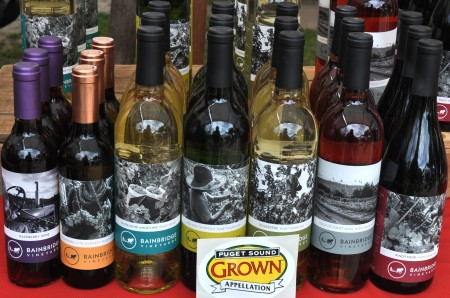 Puget Sound appellation wines from Bainbridge Vineyards at Wallingford Farmers Market. Copyright Zachary D. Lyons.
