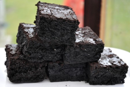 Gluten-free brownies from Nuflours Gluten-free Bakery at Wallingford Farmers Market. Copyright Zachary D. Lyons.